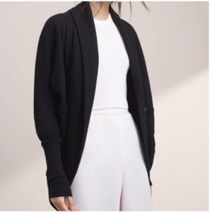 Wilfred Aritzia Cocoon Sweater XS Cardigan